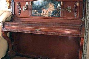 Перенести пианино по лестнице с этажа на этаж или из комнаты в комнату