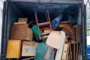 Вывоз старой мебели из квартиры и других предметов бытовой техники на утилизацию