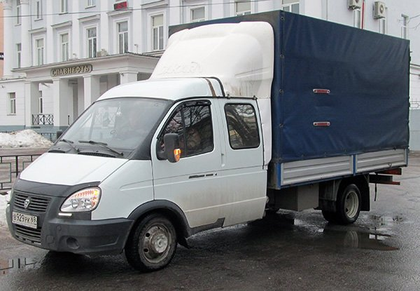 машина для вывоза строительного мусора