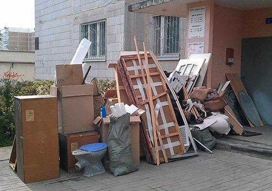 услуги вывоза старой мебели в Твери